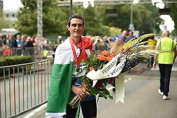 Italiaan Marco Menegardi wint 45ste RUN van Winschoten RUN Winschoten